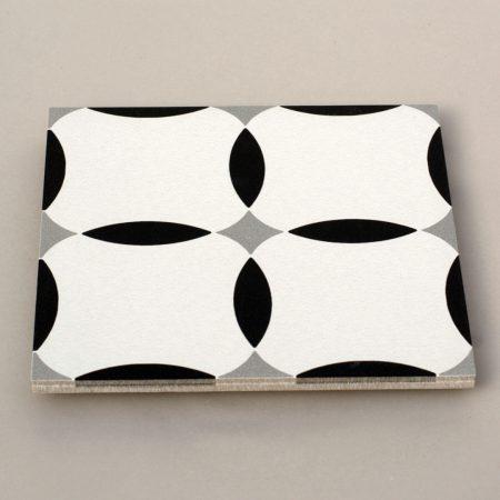 אריחים שחור לבן 2 ענבל אריחים מצוירים