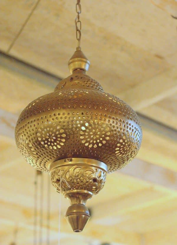 תליה מרוקאית אליפסה מחוררת זהב עתיק