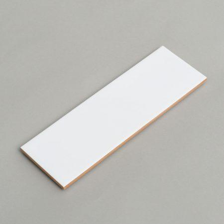 קרמיקה לבנה 10/30 מט לחדר רחצה