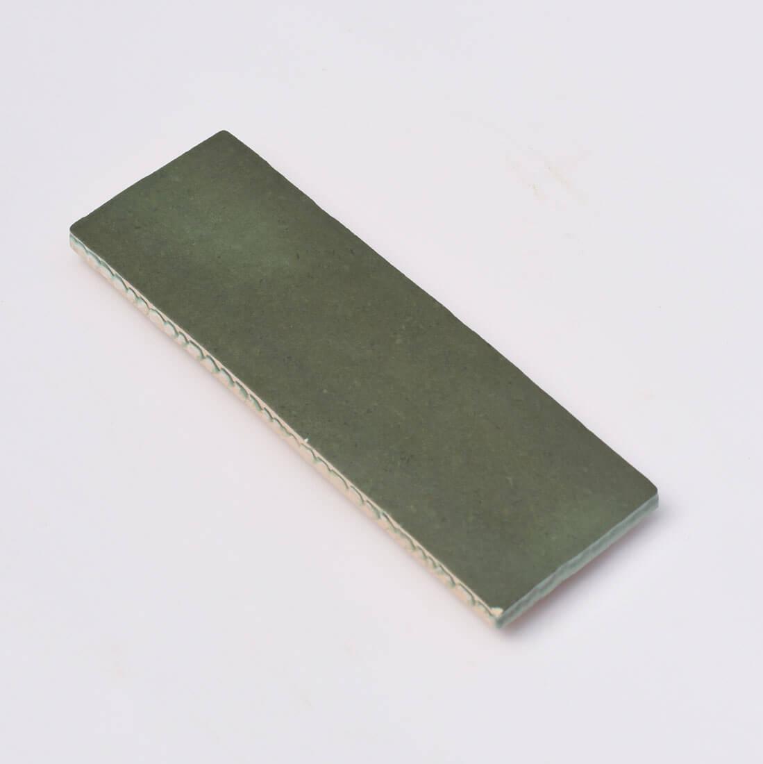 קרמיקה למטבח בריק ירוק מט