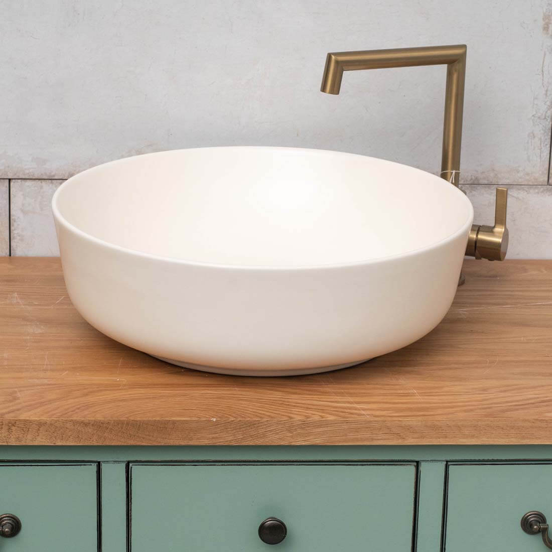 כיור אמבטיה לבן שנהב מט