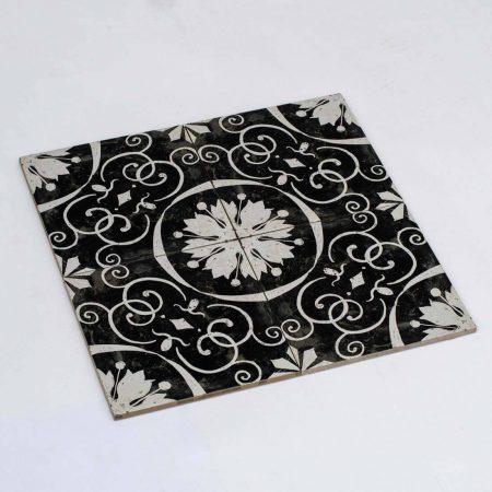 אריחים שחור לבן למקלחת